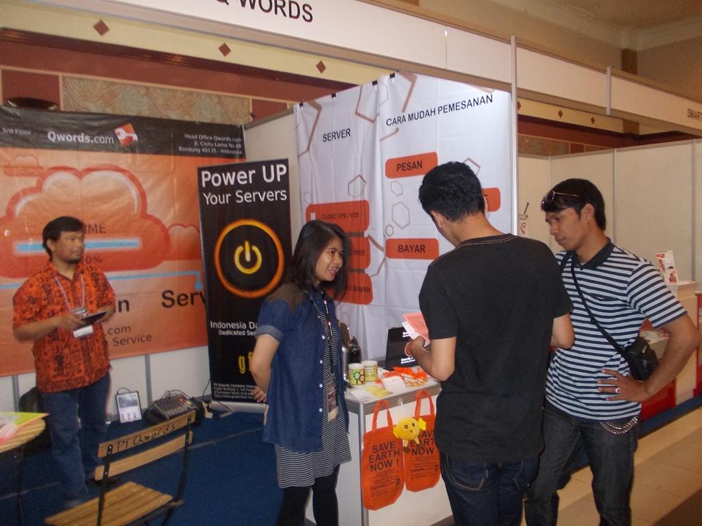 Suasana Bandung Electronic Show tahun 2013