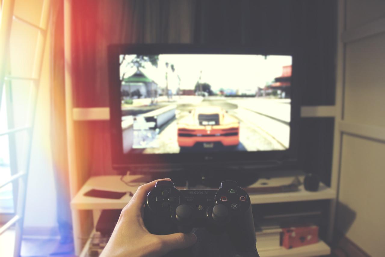 Hobi gaming yang bisa menghasilkan uang
