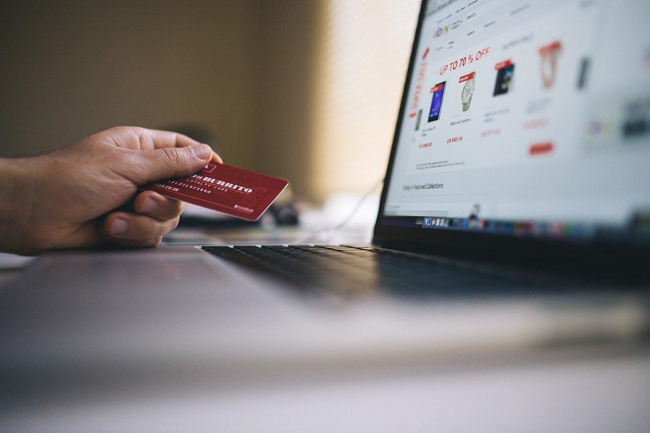 perkembangan e commerce di Indonesia