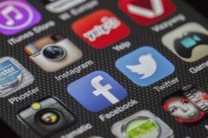 Dampak Positif Negatif Media Sosial